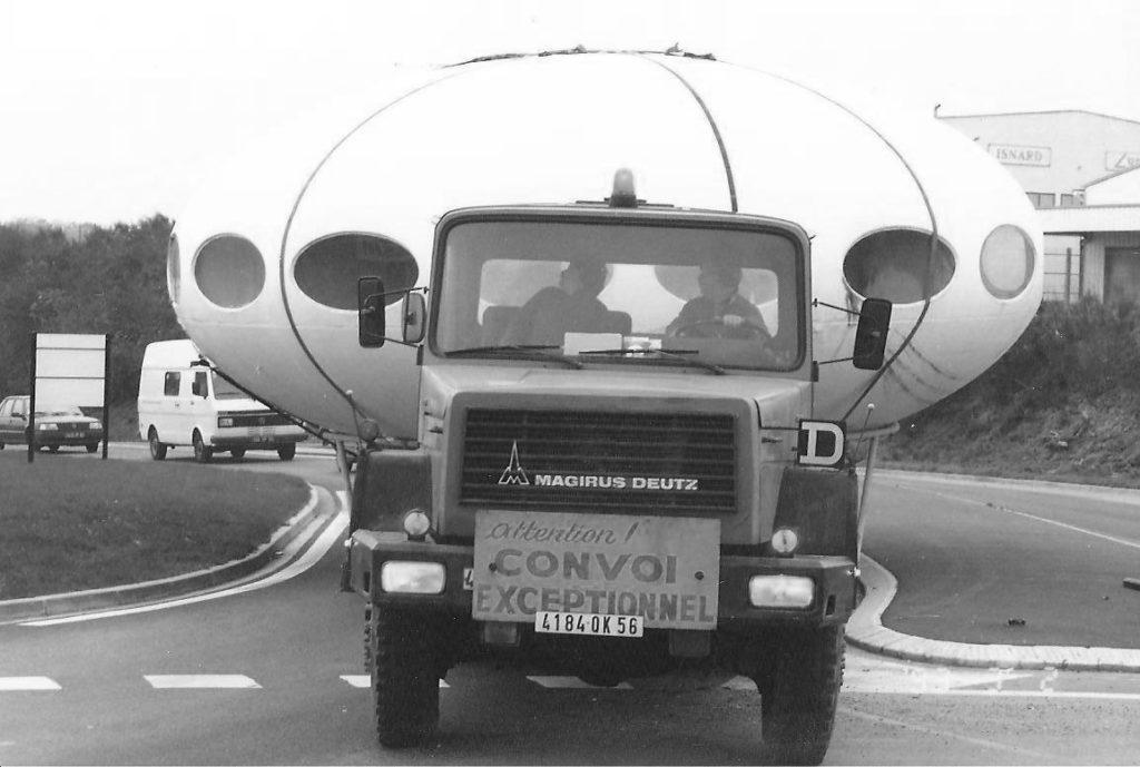 Transport exceptionnel Aéroclub Lorient 1976 Sotrama Jacques GUENAULT